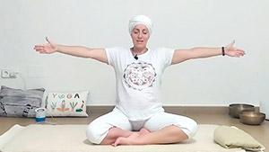 Armomiza cuerpo y mente. Yoga online para principiantes